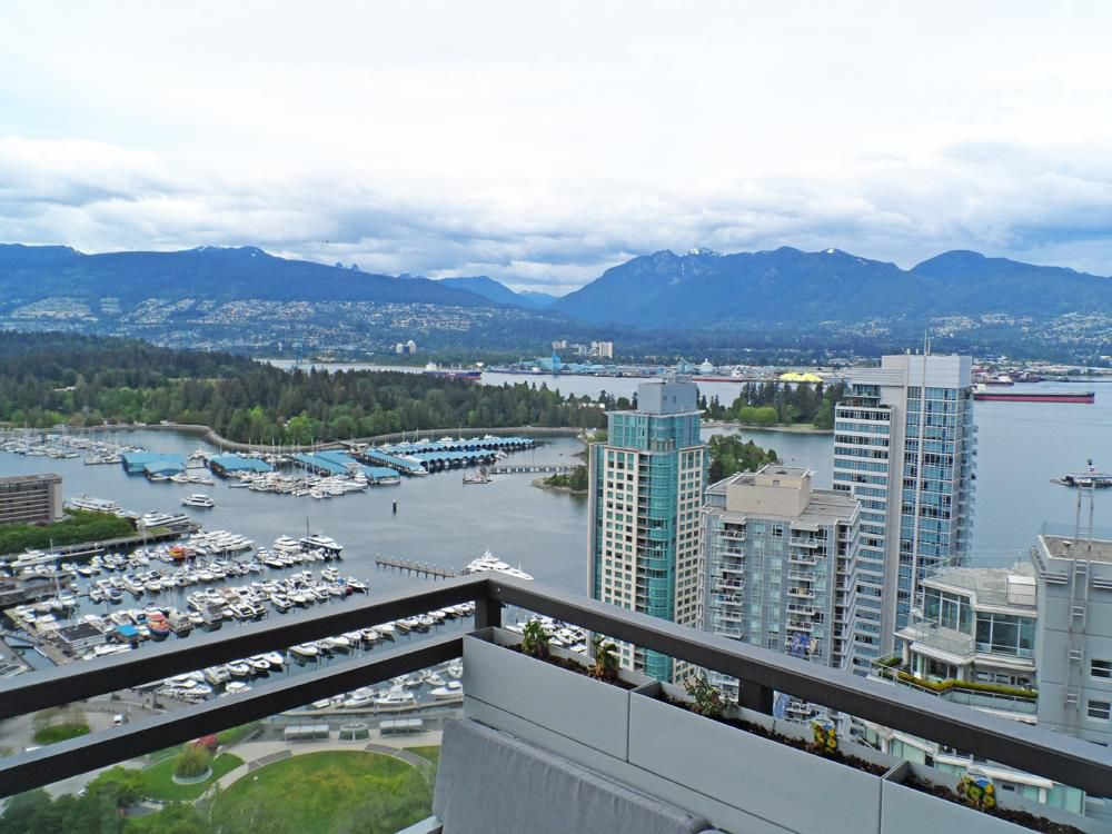 "Main Photo: 3403 1211 MELVILLE Street in Vancouver: Coal Harbour Condo for sale in ""THE RITZ"" (Vancouver West)  : MLS®# R2371691"