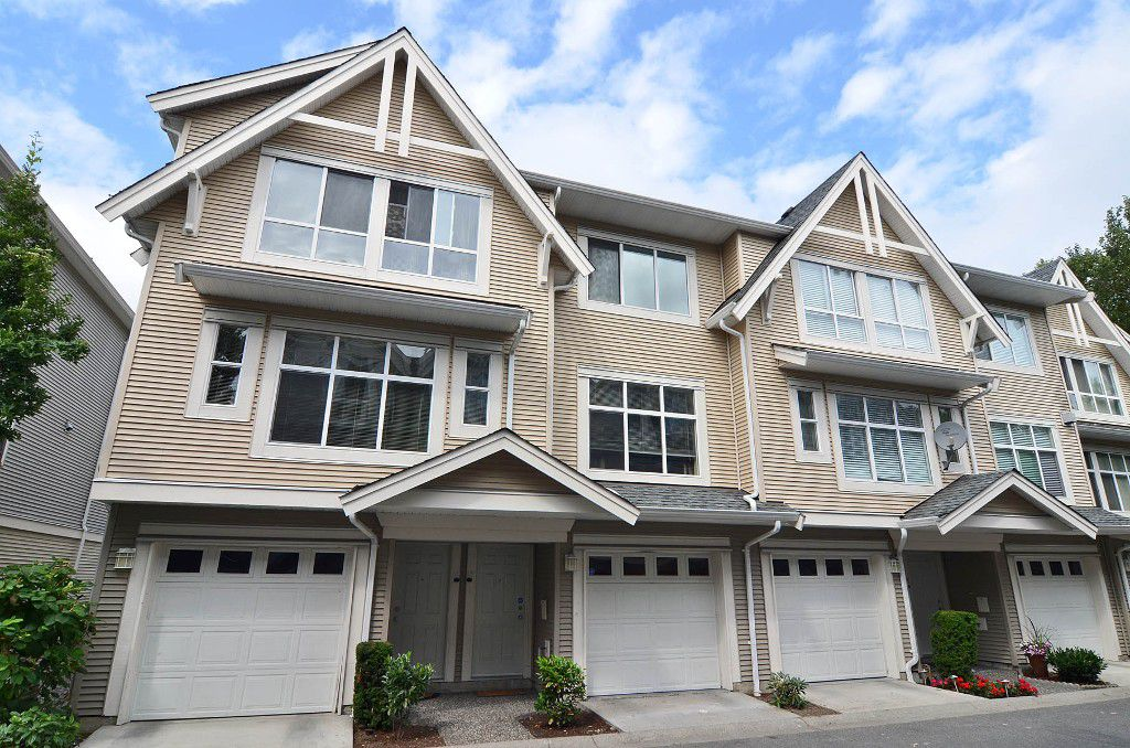 """Main Photo: 12 6450 199TH Street in Langley: Willoughby Heights Townhouse for sale in """"Logan's Landing"""" : MLS®# F1218903"""