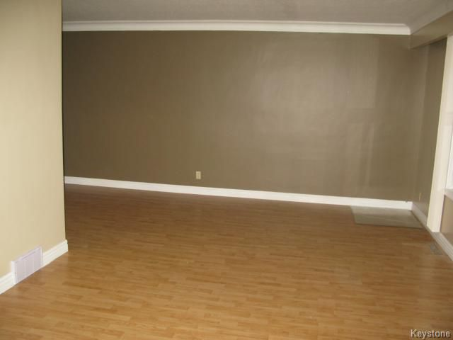 Photo 2: Photos: 378 Colvin Avenue in WINNIPEG: North Kildonan Single Family Detached for sale (North East Winnipeg)  : MLS®# 1321361