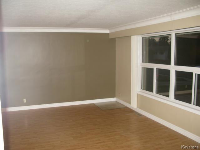 Photo 7: Photos: 378 Colvin Avenue in WINNIPEG: North Kildonan Single Family Detached for sale (North East Winnipeg)  : MLS®# 1321361
