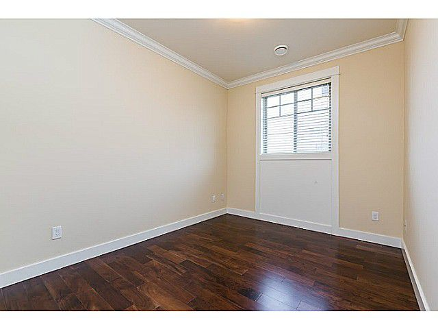 Photo 11: Photos: 11066 TRIMARAN GATE GT in Richmond: Steveston South House for sale : MLS®# V1097511