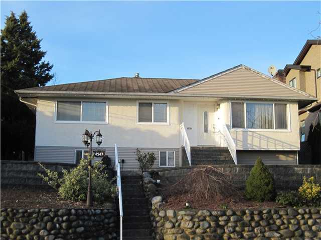 Main Photo: 4247 WINNIFRED ST in Burnaby: South Slope House for sale (Burnaby South)  : MLS®# V1109144