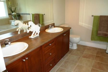 Photo 19: Photos: TRADITIONAL PLAN WITH CRAFTSMAN STYLING