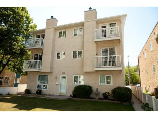 Main Photo: 220 Goulet Street in WINNIPEG: St Boniface Condominium for sale (South East Winnipeg)  : MLS®# 1215397