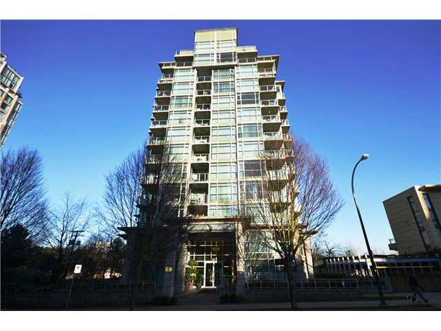 "Main Photo: 802 1889 ALBERNI Street in Vancouver: West End VW Condo for sale in ""LORD STANLEY"" (Vancouver West)  : MLS®# V984759"