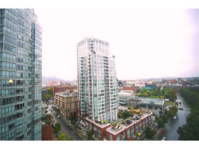"Main Photo: 1607 58 KEEFER Place in Vancouver: Downtown VW Condo for sale in ""FIRENZE I"" (Vancouver West)  : MLS®# V989976"