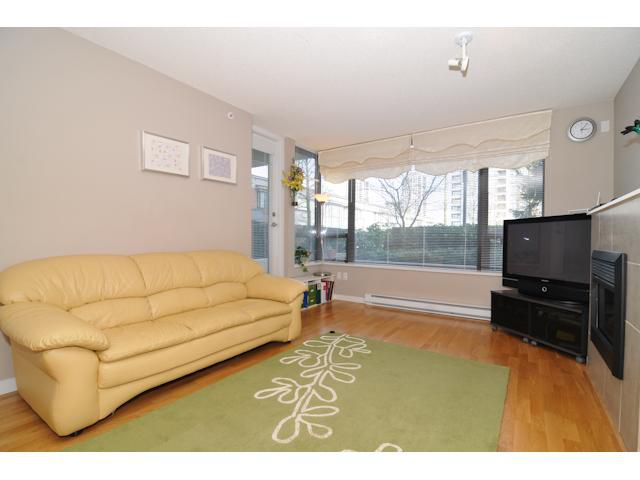 "Main Photo: 305 4118 DAWSON Street in Burnaby: Brentwood Park Condo for sale in ""TANDEM"" (Burnaby North)  : MLS®# V942246"
