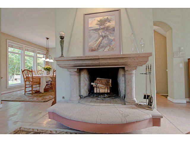 Main Photo: 6037 GLENEAGLES CS in West Vancouver: Gleneagles House for sale : MLS®# V1064301