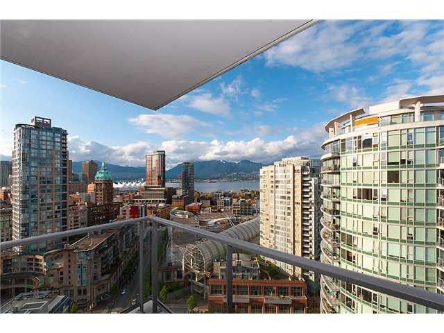"""Main Photo: 2707 688 ABBOTT Street in Vancouver: Downtown VW Condo for sale in """"FIRENZE II"""" (Vancouver West)  : MLS®# V949386"""