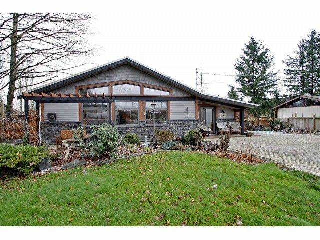 Main Photo: 6908 GLOVER Road in Langley: Salmon River House for sale : MLS®# F1304434
