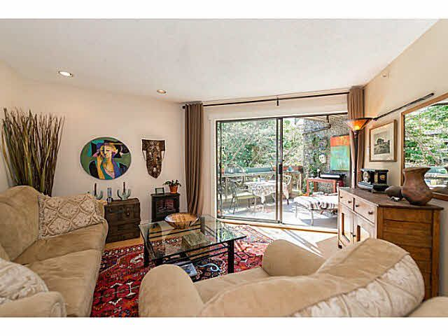 Main Photo: 418 1500 Pendrell Street in Vancovuer: westend vw Condo for sale (Vancouver West)  : MLS®# V1121986