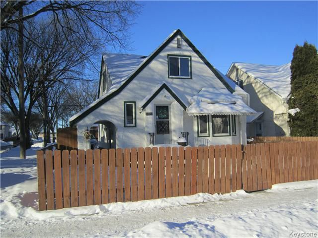 Main Photo: 1100 Garfield: Residential for sale (5C)  : MLS®# 1600088
