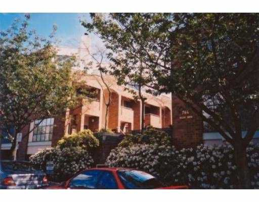 Main Photo: 10 744 W 7TH AV in Vancouver: Fairview VW Townhouse for sale (Vancouver West)  : MLS®# V577161
