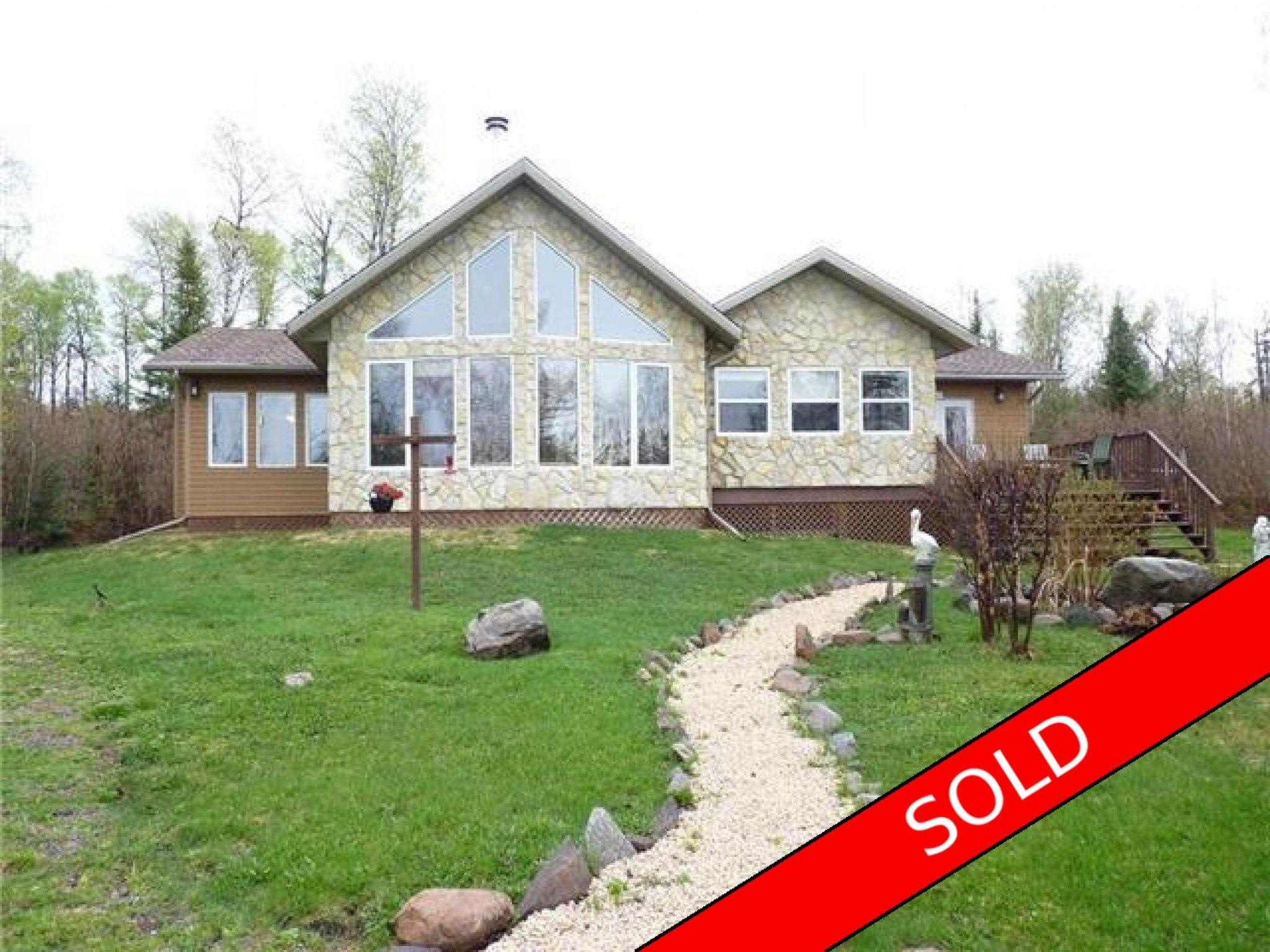 Main Photo: 32 Pelican Harbour Road in Manigotagan, MB R0E1E0: House for sale : MLS®# 1700926