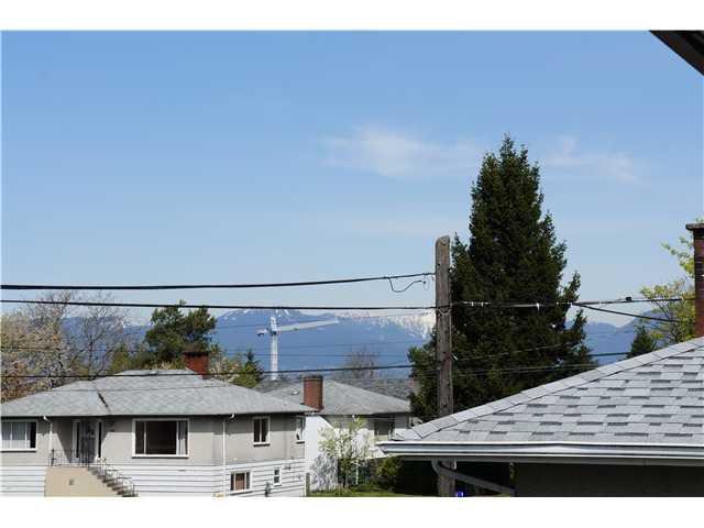 Main Photo: 5722 KILLARNEY Street in Vancouver: Killarney VE House for sale (Vancouver East)  : MLS®# V1003562