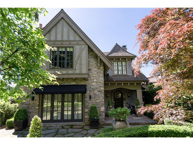 Main Photo: 5075 CONNAUGHT Drive in Vancouver: Shaughnessy House for sale (Vancouver West)  : MLS®# V1008201