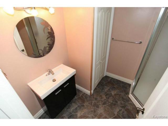 Photo 16: Photos: 501 Bridgeland Drive in WINNIPEG: Fort Garry / Whyte Ridge / St Norbert Single Family Detached for sale (South Winnipeg)  : MLS®# 1406788
