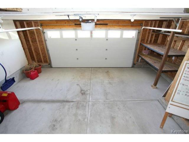 Photo 18: Photos: 501 Bridgeland Drive in WINNIPEG: Fort Garry / Whyte Ridge / St Norbert Single Family Detached for sale (South Winnipeg)  : MLS®# 1406788