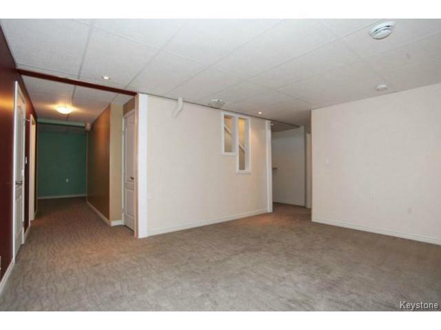 Photo 13: Photos: 501 Bridgeland Drive in WINNIPEG: Fort Garry / Whyte Ridge / St Norbert Single Family Detached for sale (South Winnipeg)  : MLS®# 1406788