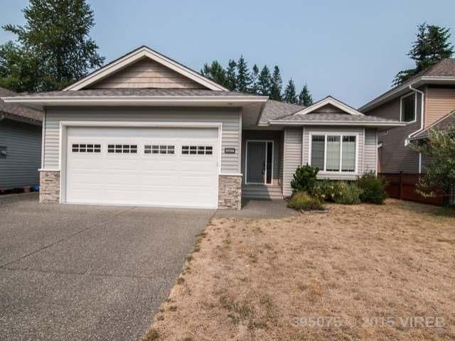 Main Photo: 2734 Bradford Drive in Campbell River: House for sale : MLS®# 395075