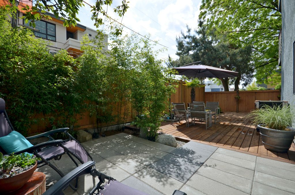 """Main Photo: 101 3150 PRINCE EDWARD Street in Vancouver: Mount Pleasant VE Condo for sale in """"PRINCE EDWARD PLACE"""" (Vancouver East)  : MLS®# V952029"""