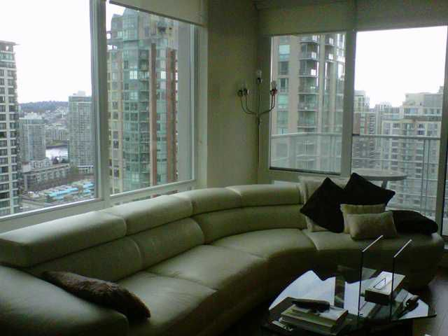 """Main Photo: # 2105 535 SMITHE ST in Vancouver: Downtown VW Condo for sale in """"DOLCE"""" (Vancouver West)  : MLS®# V999716"""