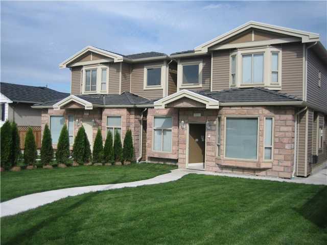 Main Photo: 254 STRATFORD AV in Burnaby: Capitol Hill BN Condo for sale (Burnaby North)  : MLS®# V1070624