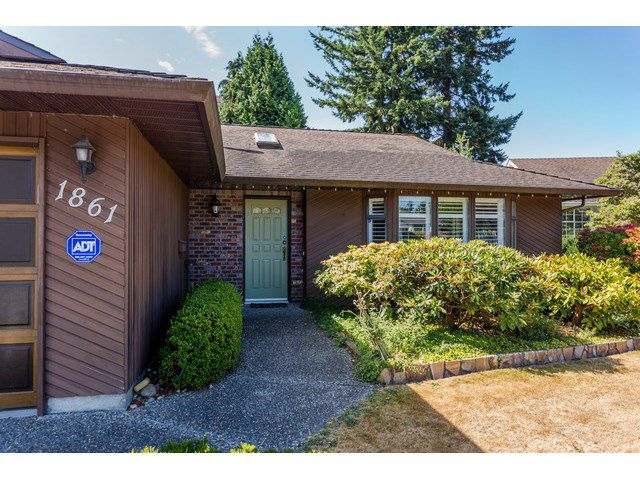 Main Photo: 1861 129A ST in Surrey: Crescent Bch Ocean Pk. House for sale (South Surrey White Rock)  : MLS®# F1446892