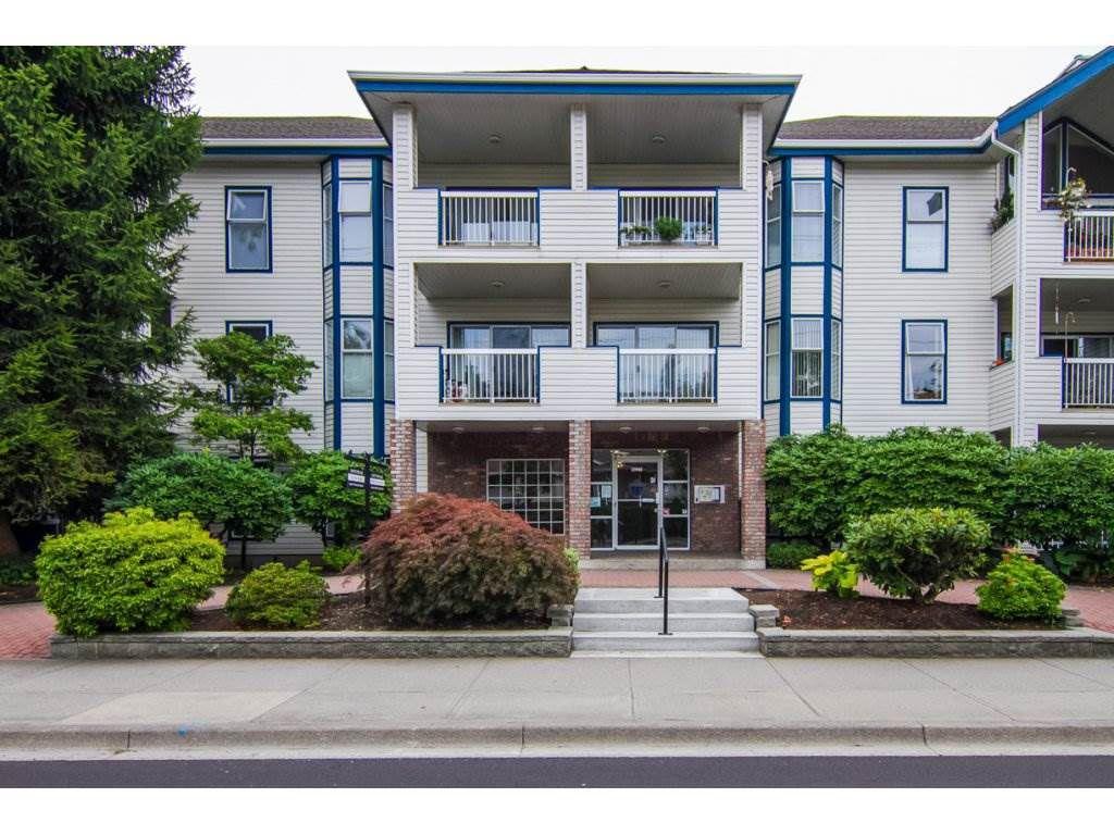 Main Photo: 219 13918 72 AVENUE in : East Newton Condo for sale : MLS®# R2253297