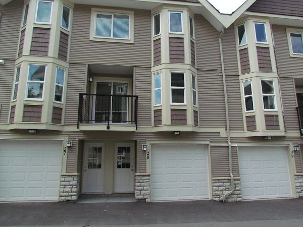 Main Photo: #28 33313 George Ferguson Way in Abbotsford: Central Abbotsford Townhouse for rent