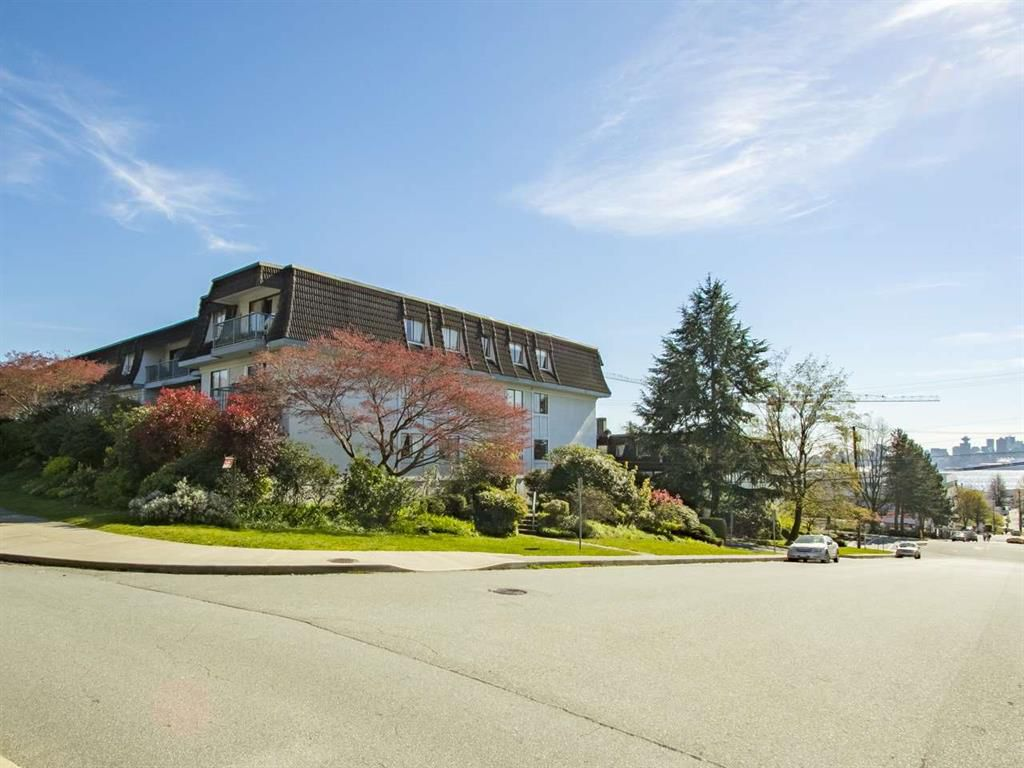 Main Photo: 107 275 W 2nd Street in North Vancouver: Lower Lonsdale Condo for sale : MLS®# R2051463