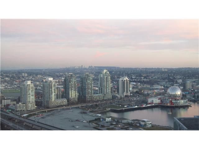 "Main Photo: 3301 602 CITADEL PARADE in Vancouver: Downtown VW Condo for sale in ""SPECTRUM 4"" (Vancouver West)  : MLS®# V930449"