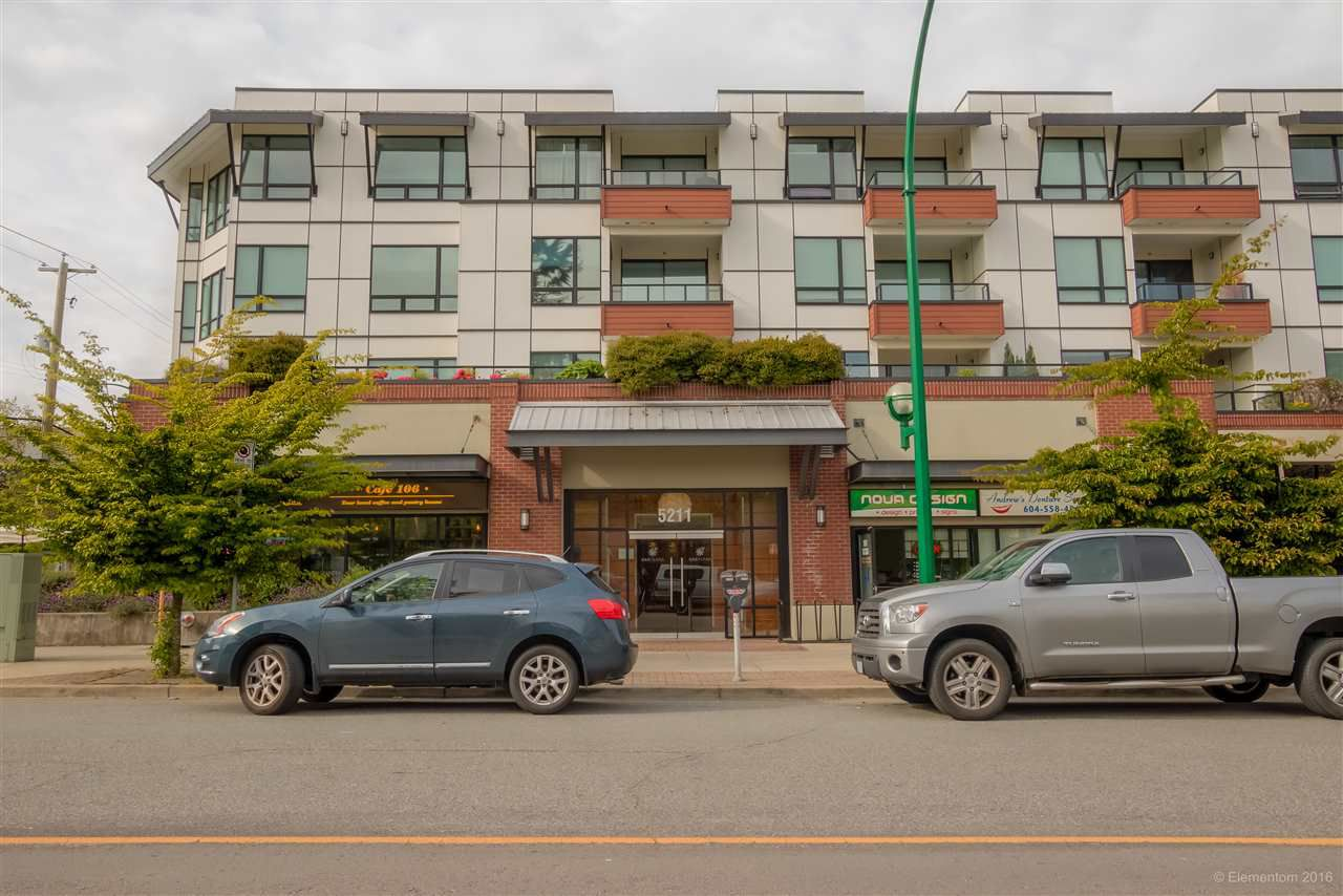 Main Photo: 312 5211 GRIMMER STREET in Burnaby: Metrotown Condo for sale (Burnaby South)  : MLS®# R2067556