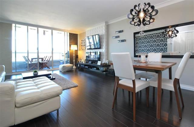 Main Photo: 1002 1065 Quayside Drive in New Westminster: Quay Condo for sale : MLS®# R2089502