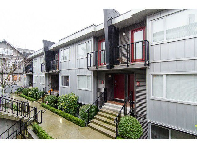 Main Photo: 214 672 W 6th Avenue in Vancouver: Fairview VW Townhouse for sale (Vancouver West)  : MLS®# v1092579