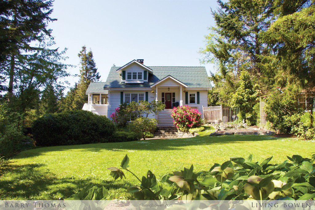 Main Photo: 1518 Whitesails Drive in Bowen Island: Tunstall Bay House for sale : MLS®# V1123414