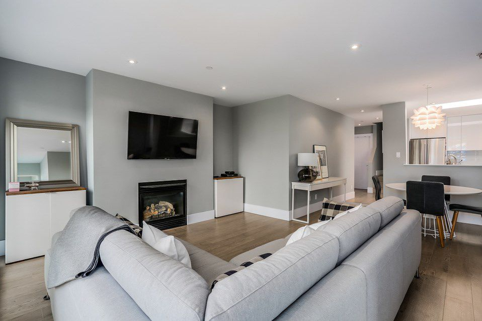 Main Photo: 301 3615 W 17TH AVENUE in Vancouver: Dunbar Condo for sale (Vancouver West)  : MLS®# R2011115