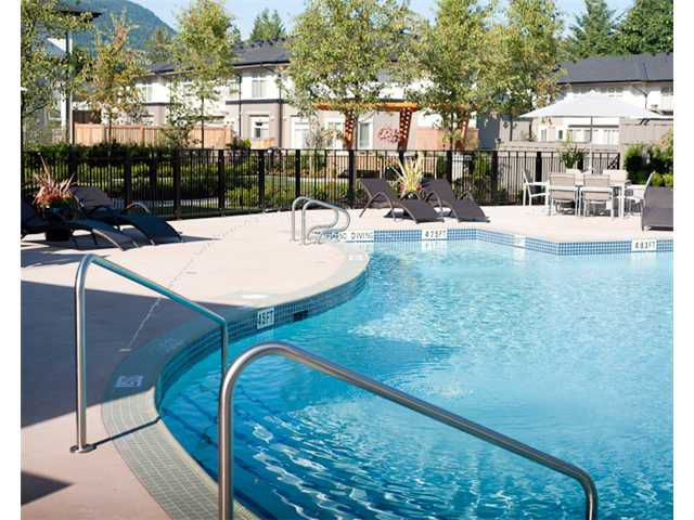 Main Photo: 2003 3102 Windsor Gate in Coquitlam: New Horizons Condo for sale : MLS®# V1036041