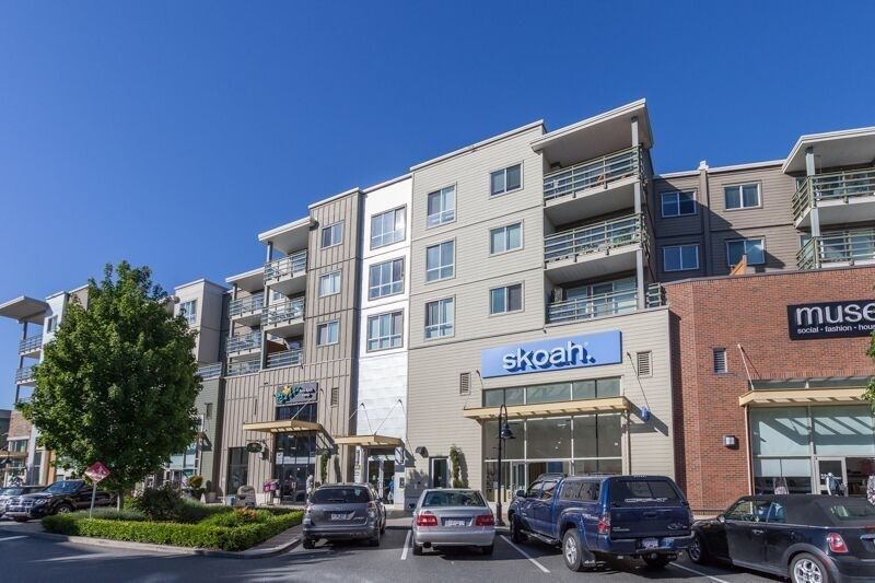 Main Photo: 421 15745 CROYDON DRIVE in Surrey: Grandview Surrey Condo for sale (South Surrey White Rock)  : MLS®# R2258566