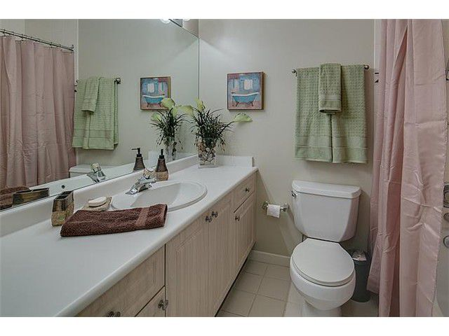"""Photo 12: Photos: 307 630 ROCHE POINT Drive in North Vancouver: Roche Point Condo for sale in """"THE LEGEND"""" : MLS®# V978855"""