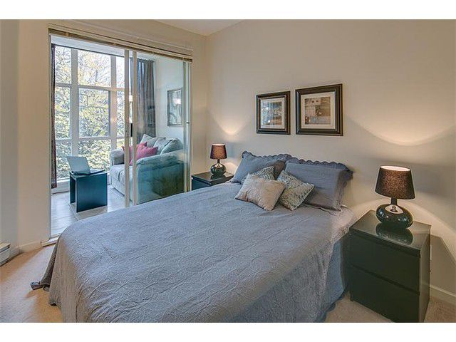 """Photo 10: Photos: 307 630 ROCHE POINT Drive in North Vancouver: Roche Point Condo for sale in """"THE LEGEND"""" : MLS®# V978855"""
