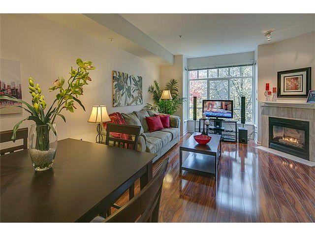 Diningroom/Livingroom