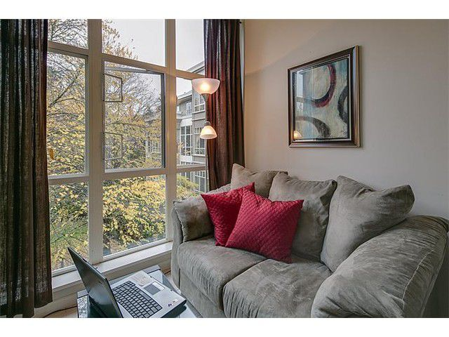 """Photo 8: Photos: 307 630 ROCHE POINT Drive in North Vancouver: Roche Point Condo for sale in """"THE LEGEND"""" : MLS®# V978855"""