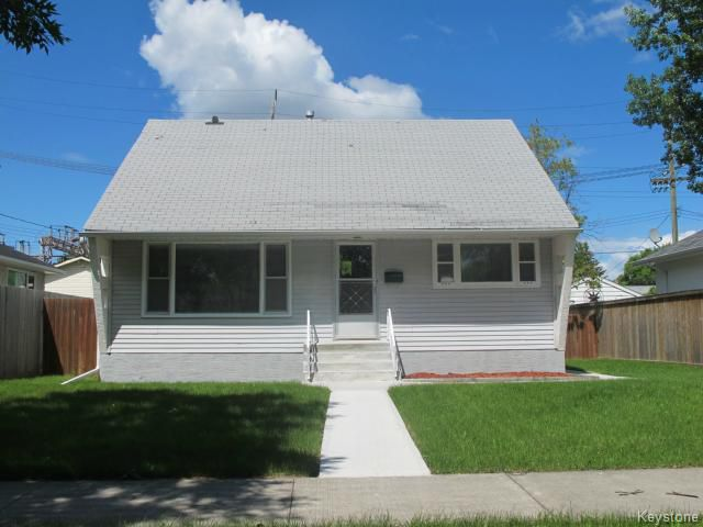 Main Photo:  in WINNIPEG: East Kildonan Residential for sale (North East Winnipeg)  : MLS®# 1416032