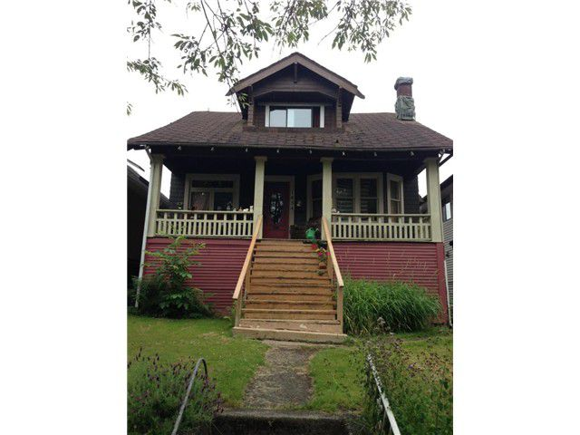 """Main Photo: 1454 E 20TH Avenue in Vancouver: Knight House for sale in """"CEDAR COTTAGE"""" (Vancouver East)  : MLS®# V1074325"""