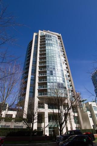 Main Photo: 605 907 BEACH AVENUE in Vancouver: Yaletown Condo for sale (Vancouver West)  : MLS®# R2047068