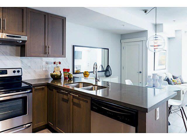 Main Photo: 106 827 Roderick Avenue in Coqutilam: Coquitlam West Condo for sale (Coquitlam)  : MLS®# R2019020