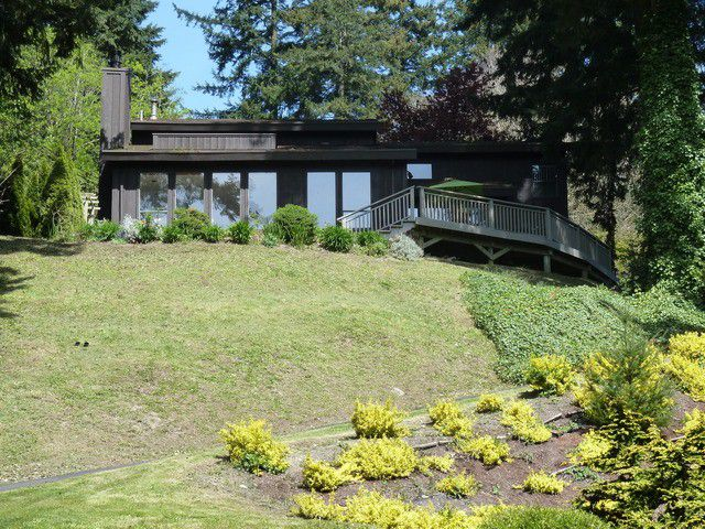 Main Photo: 14023 TRITES Road in Surrey: Panorama Ridge House for sale : MLS®# F1310553