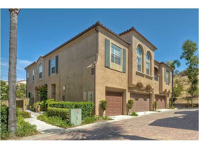 Main Photo: SCRIPPS RANCH Townhome for sale : 3 bedrooms : 11821 Miro Circle in San Diego