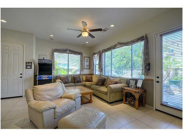 Photo 7: Photos: SCRIPPS RANCH Townhome for sale : 3 bedrooms : 11821 Miro Circle in San Diego